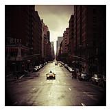 Usa, New york, Street gorge