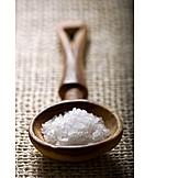 Salt, Sea salt, Salt crystal