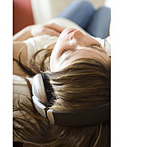Domestic life, Relaxation, Listening to music