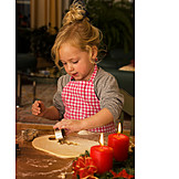 Girl, Baking, Outdo, Cookie cutter