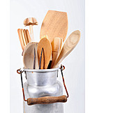 Wooden spoon, Kitchen utensils