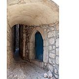 Alley, Vrbnik