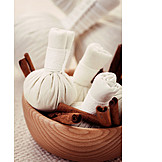 Cinnamon, Herbal massage
