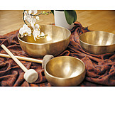 Singing bowl, Music therapy, Singing bowl meditation