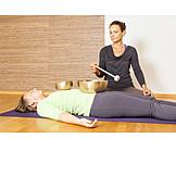 Meditating, Music therapy, Singing bowl meditation