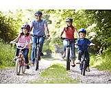 Leisure, Cycling, Family outing