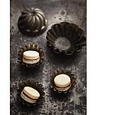Cake tin, Shabby chic, Macarons