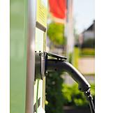 Petrol pump, Electric car