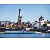 Düsseldorf, Rhine river