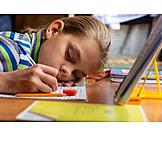 Teenager, Müde, Hausaufgaben
